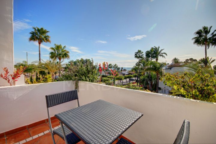 Beautiful 3 Bedroom Townhouse for sale in Costalita, Estepona