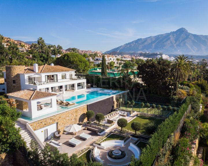 Jaw-dropping villa for sale in La Cerquilla, Nueva Andalucia, Marbella