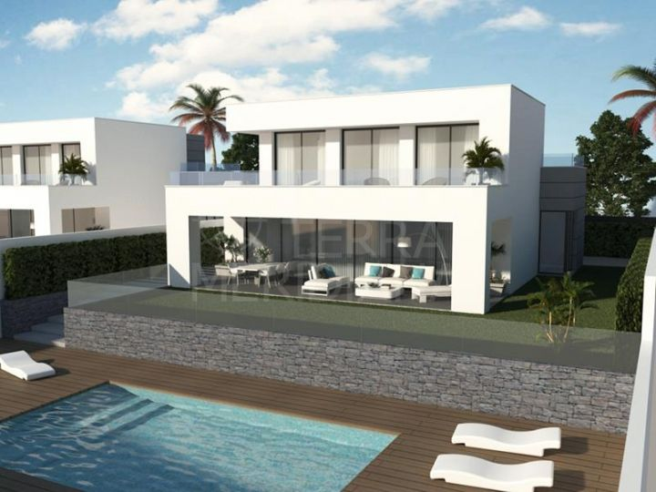 New villa with sea views for sale in Los Hidalgos, Manilva