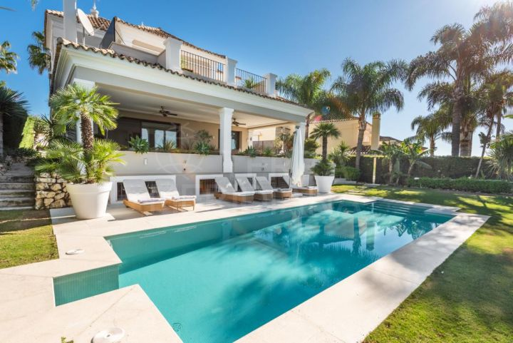 Upgraded villa for sale in Supermanzana H, Nueva Andalucia, Marbella