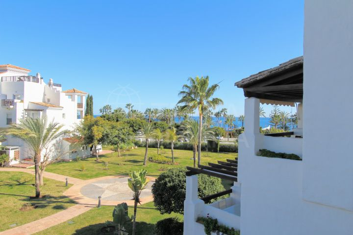 Refurbished beachside apartment for sale in Las Adelfas, San Pedro Alcantara