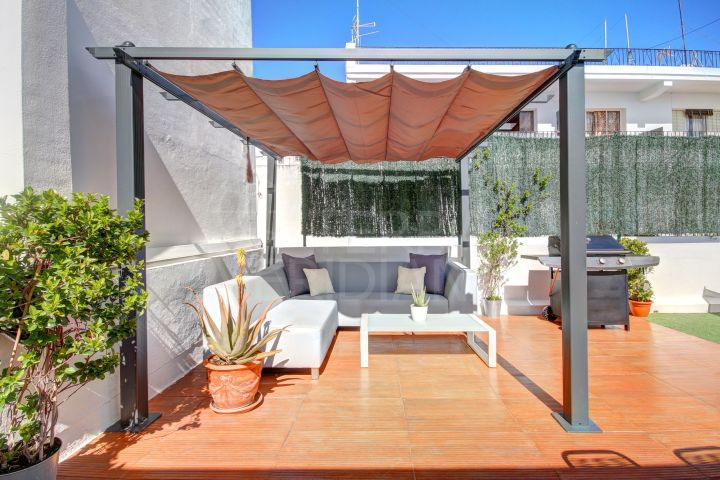 Fully reformed 3 bedroom duplex penthouse for sale in San Pedro center