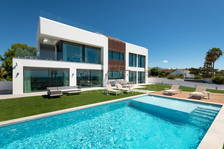Superb front line beach villa with 5 bedrooms for sale in the New Golden Mile of Estepona