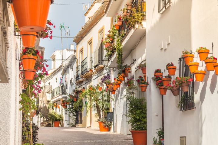 Ground floor apartment for sale in the old town of Estepona