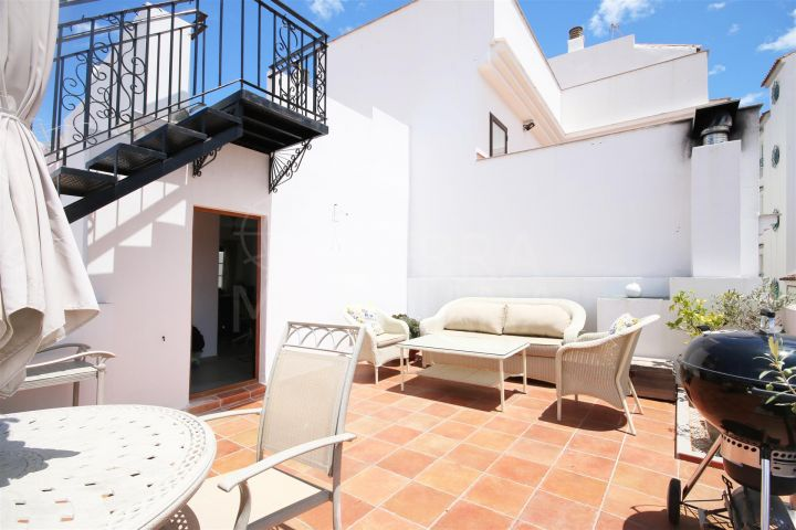 Charming reformed townhouse for sale in the old town of Estepona with large solarium terraces