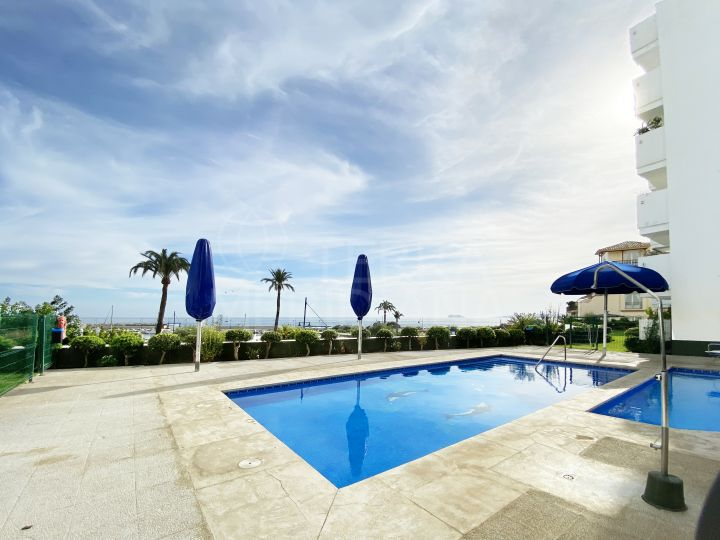 1 bedroom apartment for sale in Estepona Port, with partial sea views