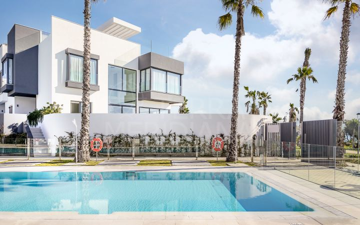 Brand new 4 bedroom modern luxury villa in front line beach position for sale in Estepona
