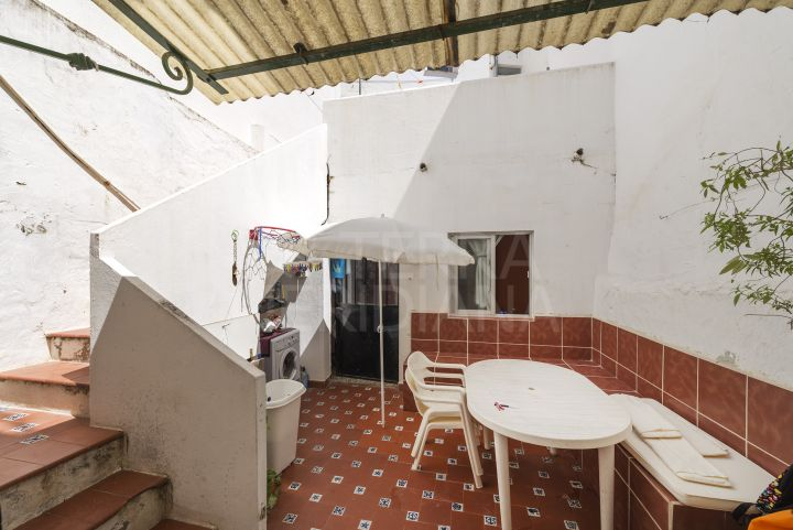 Townhouse for sale in Estepona old town centre, close to amenities