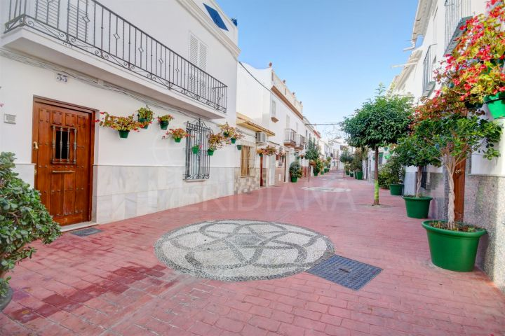 For sale one of the very best townhouses in the Old Town of Estepona