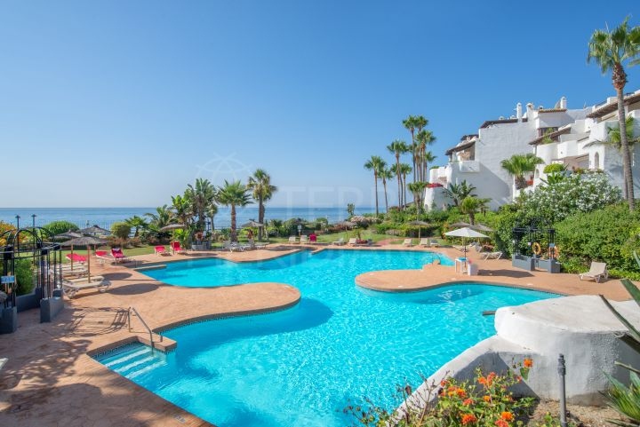 Luxurious 4 bedroom ground floor apartment for sale in Ventura del Mar, Puerto Banus