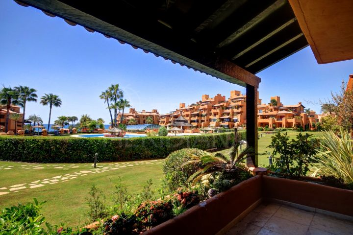 Luminous 3 bedroom ground floor apartment available for sale and for rent in Los Granados del Mar frontline beach development, Estepona