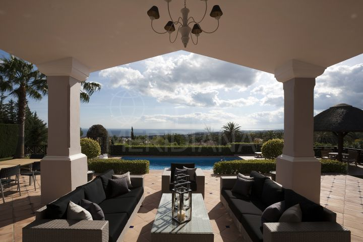 Beautiful villa with spectacular sea views for sale in Sierra Blanca, Marbella Golden Mile