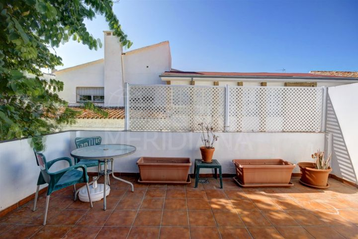 Reformed townhouse for sale in Estepona old town centre 100 meters to the beach