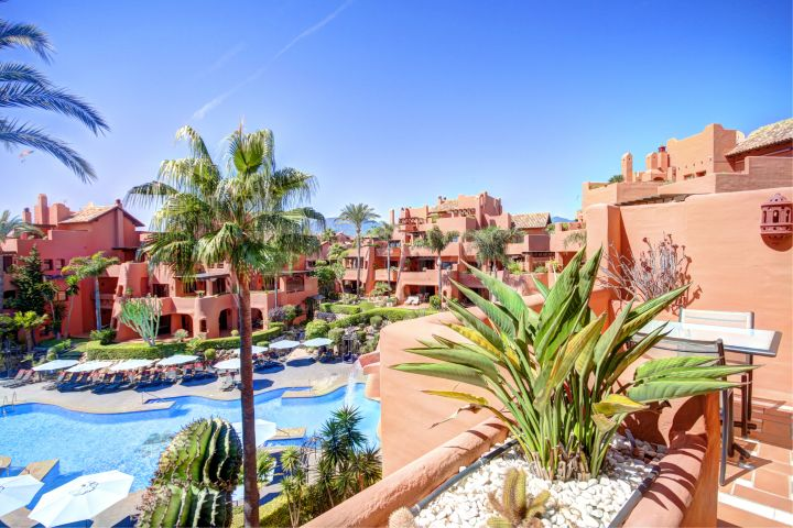 Duplex 3 bed penthouse for sale and rent in Torre Bermeja on the New Golden Mile, Estepona