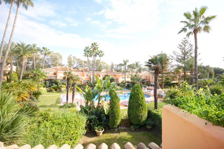 Townhouse for sale in Venalmar, front line beach complex with sea views close to Puerto Banus