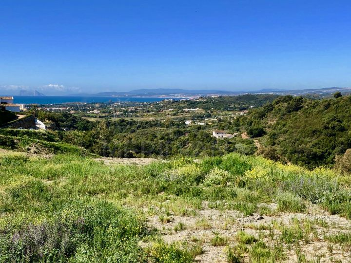 Substantial villa plot for sale on an exclusive residential development, New Golden Mile, Estepona