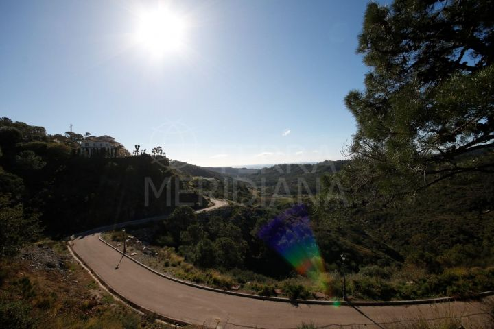 Beautiful plot for sale with excellent sea views in Monte Mayor Resort, Benahavis