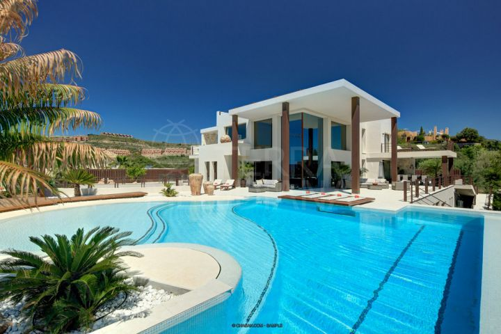 New-build Ibiza-inspired villa for sale, with pool, golf and sea views, La Alquería, Benahavís