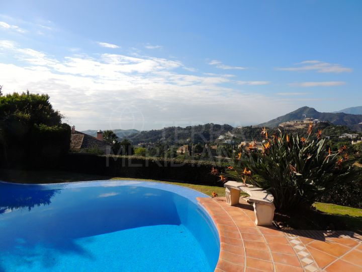 6 bedroom villa in the heart of La Zagaletas private estate, Benahavís, with sea and mountain views