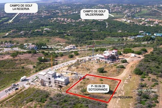2,329 m2 Plot for sale in La Reserva, Sotogrande with project for 6 bedroom luxury villa with garage, private pool and sea views