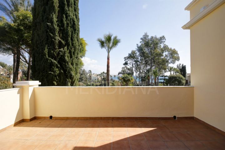Apartment for sale in El Velerin, frontline beach complex with sea views, close to Estepona town