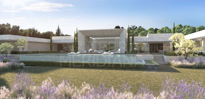 Legendary villa in a cinematic landscape for sale in one of the country's most prestigious addresses in Sotogrande