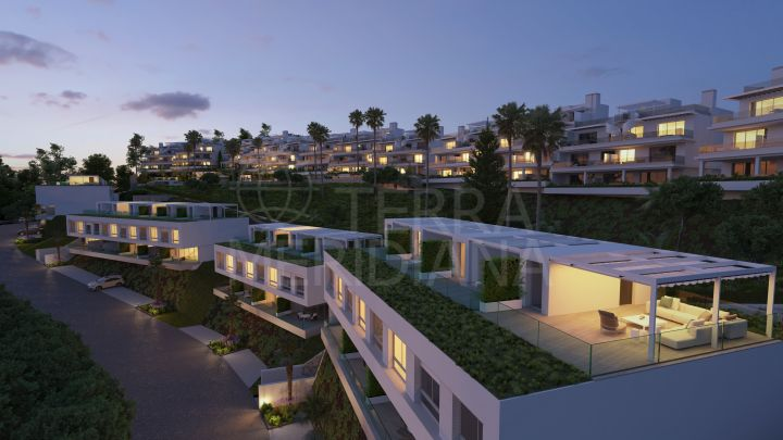 Spacious and elegant off-plan townhouse with rooftop solarium for sale in Oceana Collection, New Golden Mile, Estepona