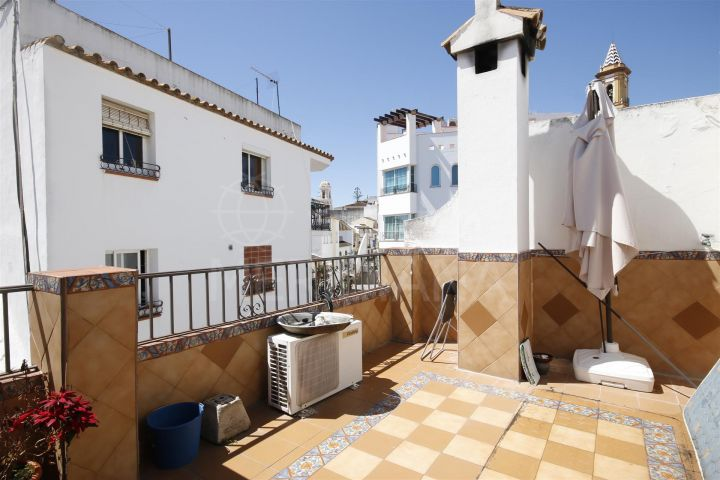 Duplex apartment for sale in Estepona centre, close to the main street and the beach