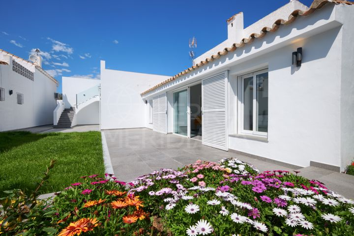 Two fully renovated townhouses sold together or separately close to Laguna Village in Puerto Romano, New Golden Mile, Estepona