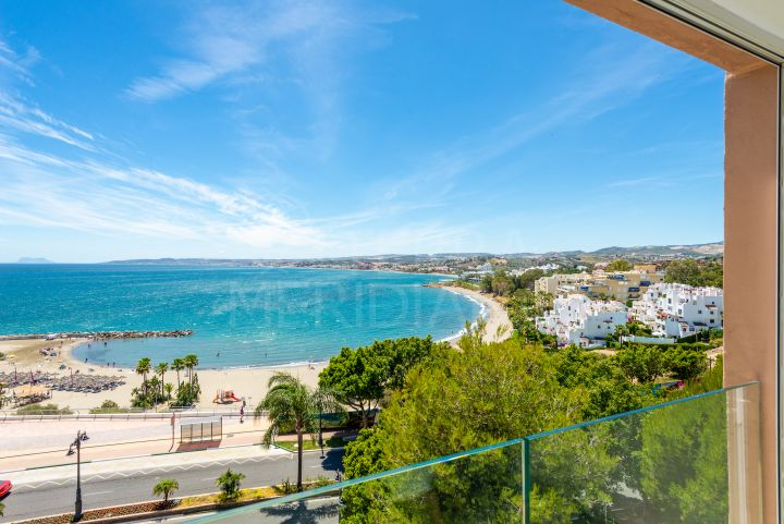 Fully upgraded beachside apartment with picture-perfect views of the Mediterranean for sale in Estepona port