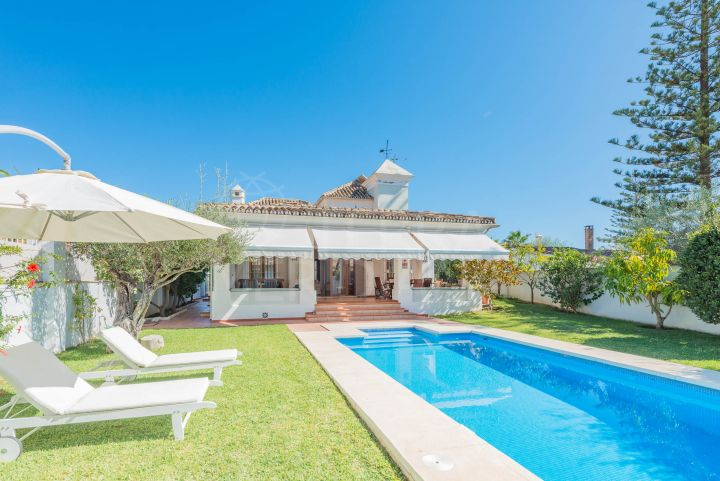 Spacious beachside villa for sale in the urbanisation Casablanca, Marbella Golden Mile