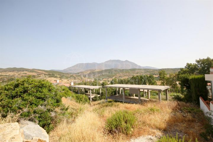 Plot for sale in Estepona Golf, development opportunity - front line Golf