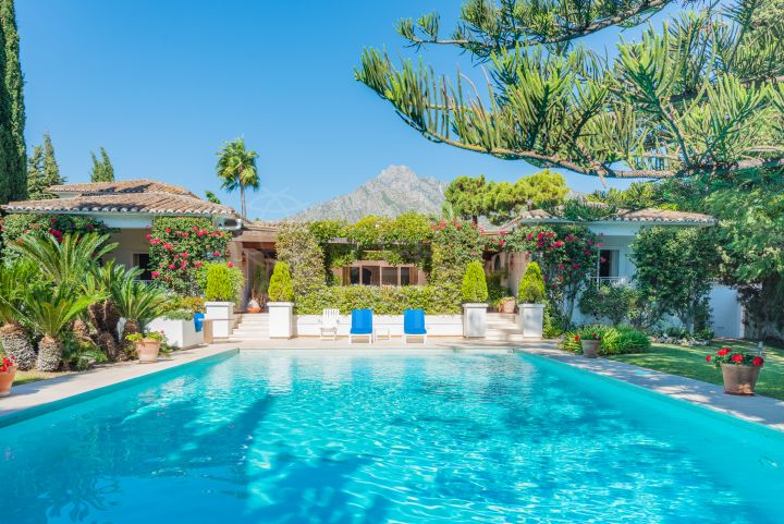 Spacious Andalusian style villa in the neighbourhood of La Carolina, Marbella Golden Mile