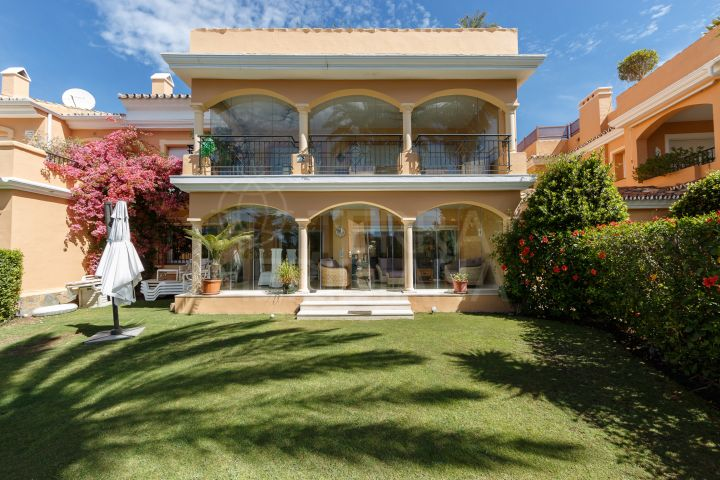 Stunning front line beach apartment in the sought after development of Venalmar, Estepona