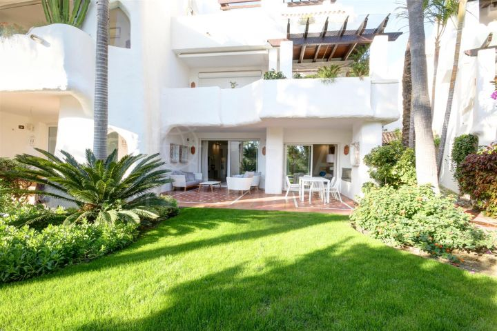 Beautifully reformed 2 bedroom ground floor apartment for sale in Ventura del Mar, Marbella