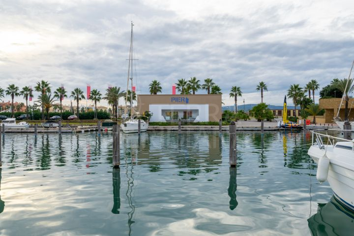Off plan first floor apartment with superb views of the marina for sale in the privileged PIER, Sotogrande