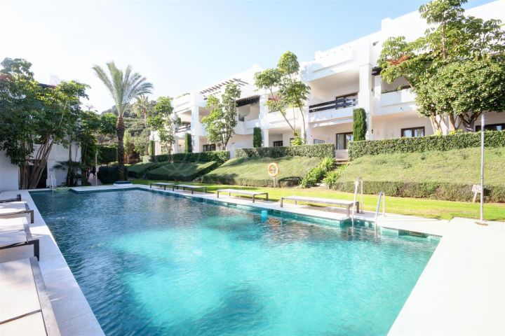 3 bedroom ground floor apartment for sale in Altos de Cortesin, Casares, with private garden