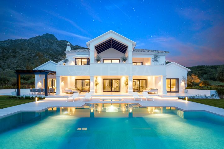 Stupendous contemporary luxury villa for sale in Los Picos, Sierra Blanca, Marbella Golden Mile