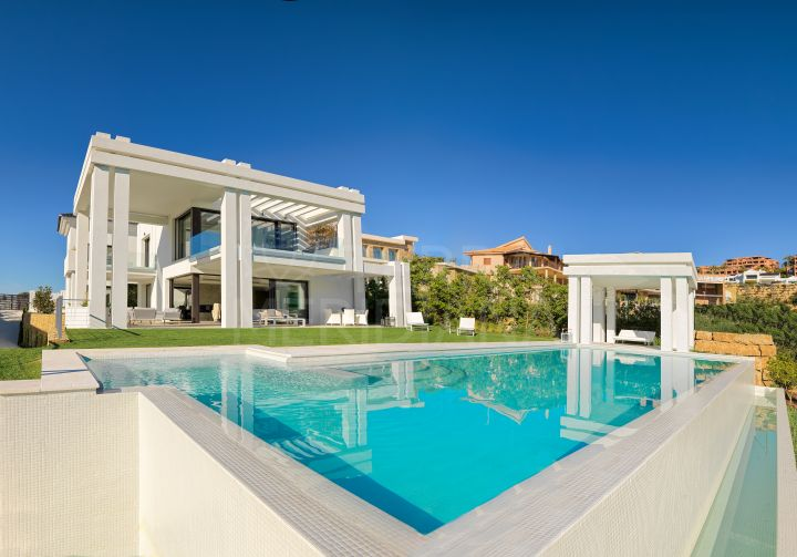 One-of-a kind brand new luxury villa for sale in Los Flamingos Golf, Benahavis