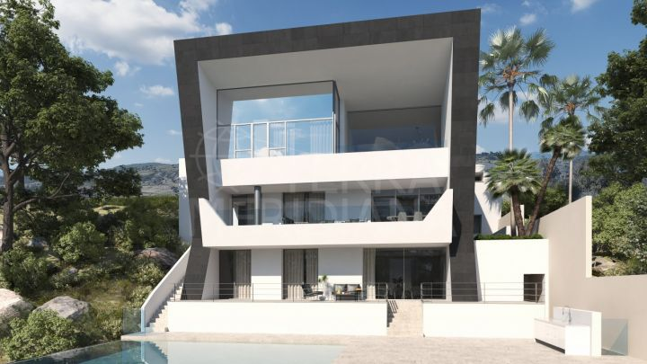 Stunning luxury villa under construction for sale in Los Arqueros, Benahavis