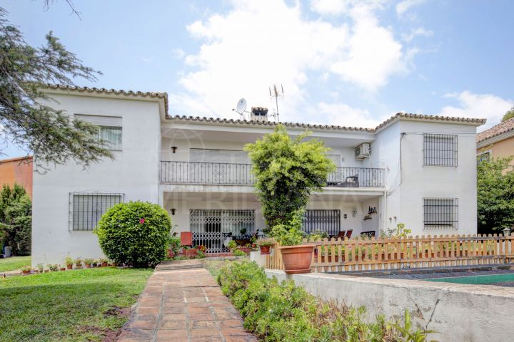 Reformed 3 bedroom apartment for sale in Nueva Andalucia