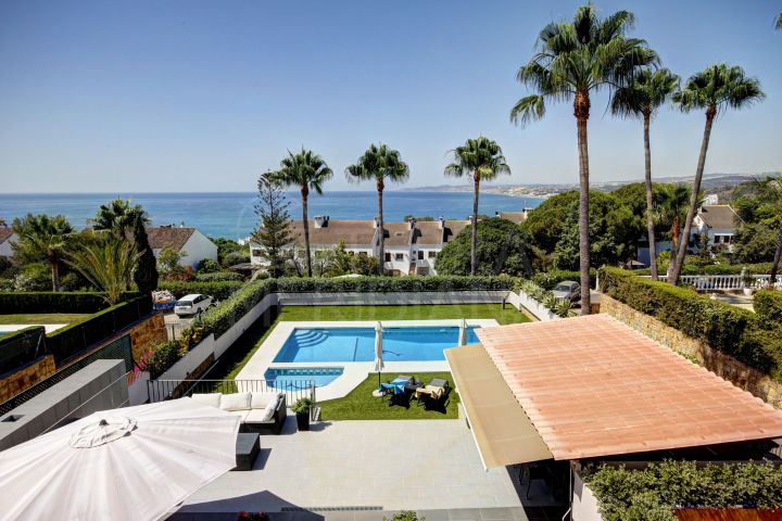 Magnificent 6 Bedroom Villa for sale in Seghers, Estepona