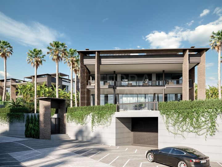 Elite villa for sale in the exclusive development of Los Palacetes de Banús, Marbella