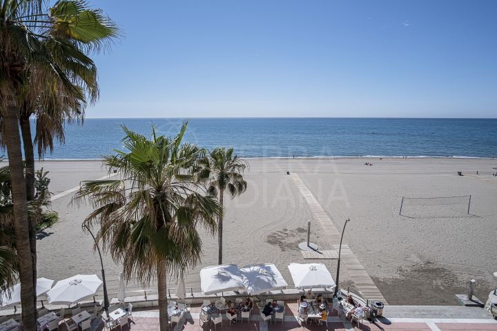 Remodelled luxury seafront 2 bedroom apartment overlooking the Mediterranean for sale in the centre of Estepona