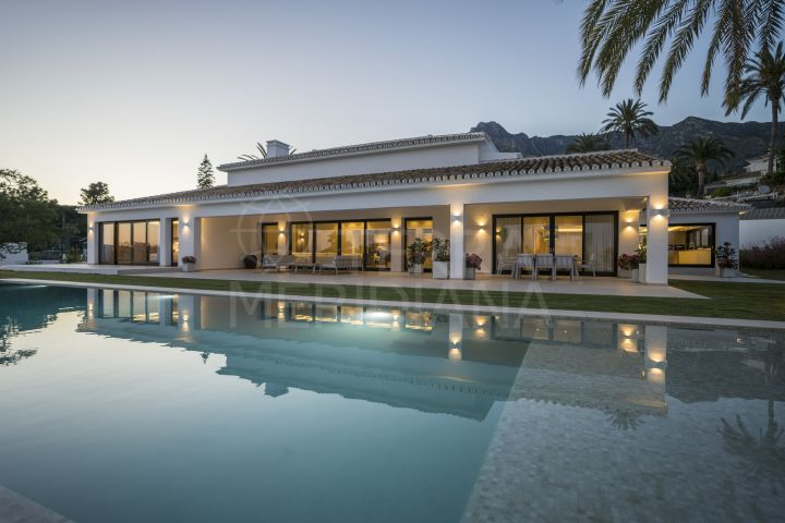 Breathtaking villa for sale in Rocio de Nagüeles, Marbella Golden Mile