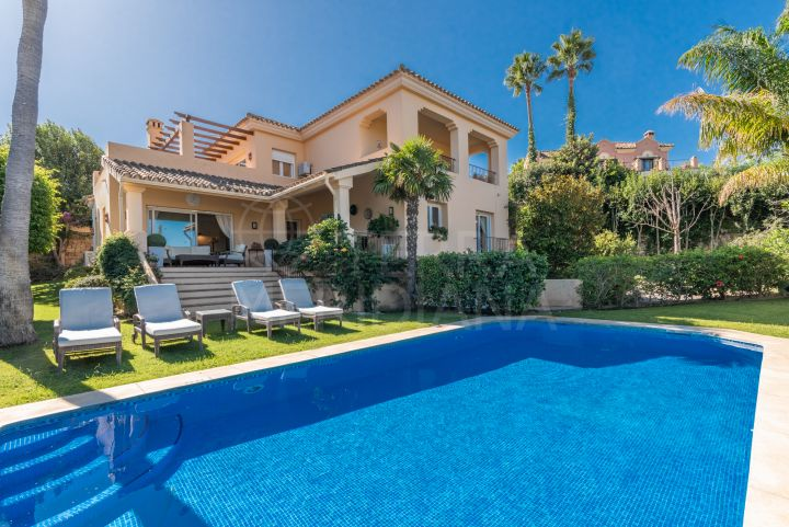 Luxury villa with scenic views for sale in Zona F, Sotogrande