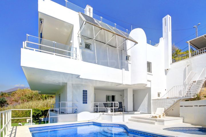 Magnificent 3 bedroom Villa for sale in Valle Romano, Estepona