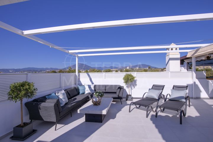 Remodelled duplex penthouse for sale in Mirador del Rodeo, Nueva Andalucia, Marbella