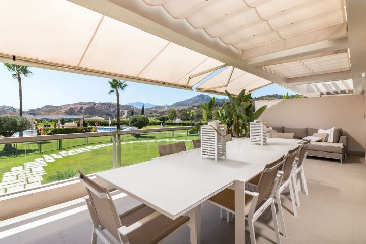 Ultra-modern ground floor apartment with picturesque views for sale in exclusive Los Arrayanes Golf, Benahavis