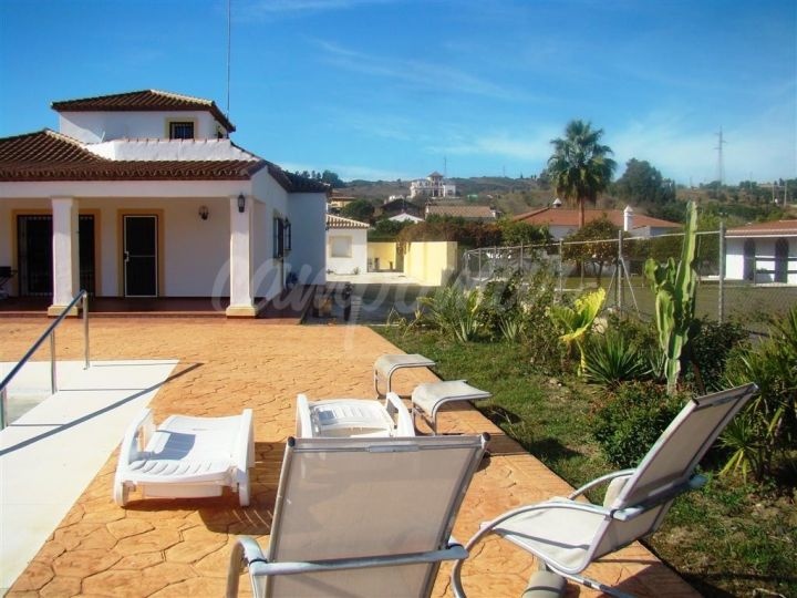 Villa for sale in Estepona - Estepona Villa